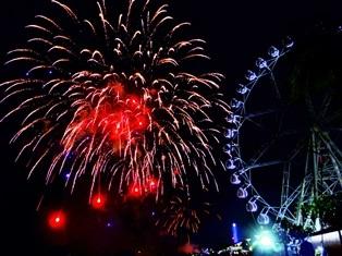 fireworks@mallofasia.jpg
